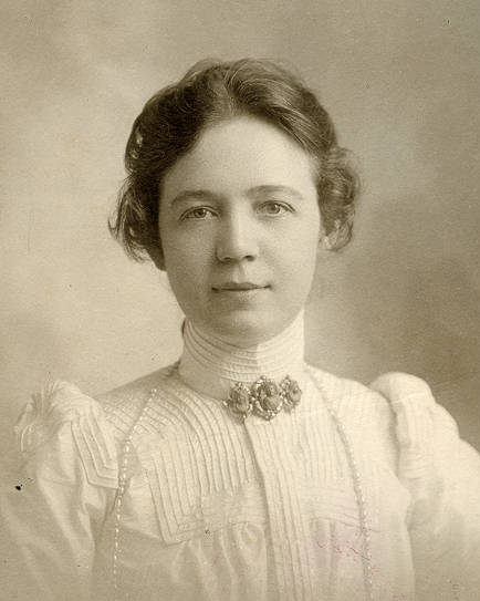 Rose Melville - Wikipedia