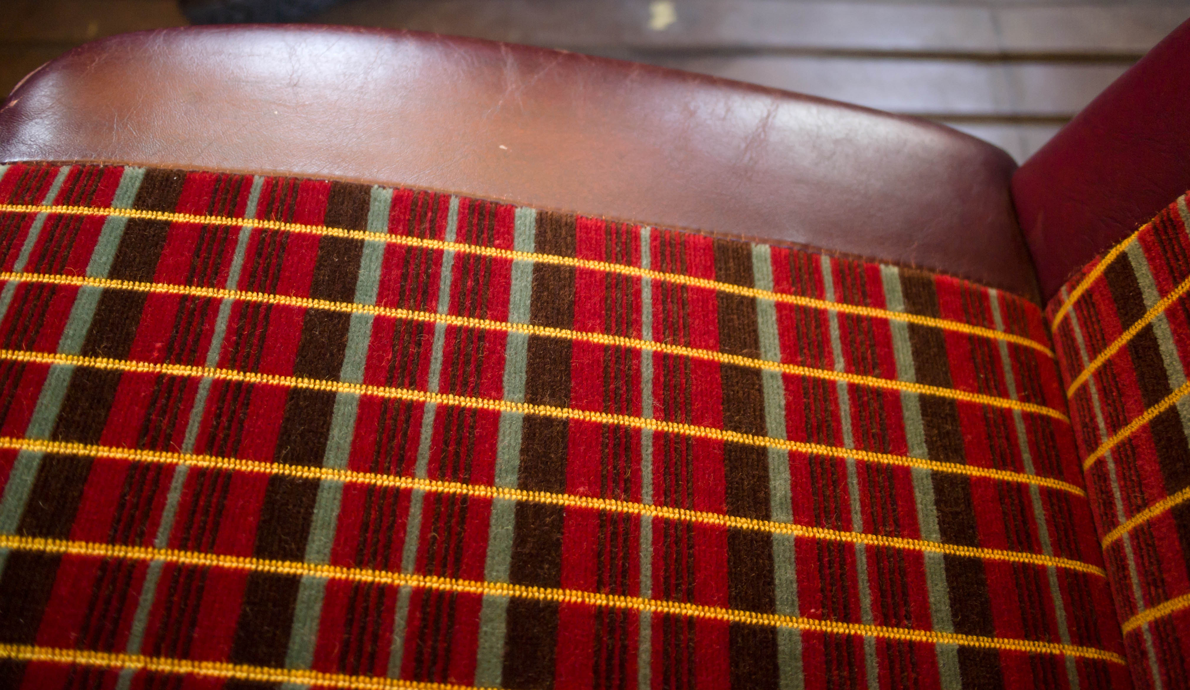 file routemaster seat moquette flickr james e wikimedia commons