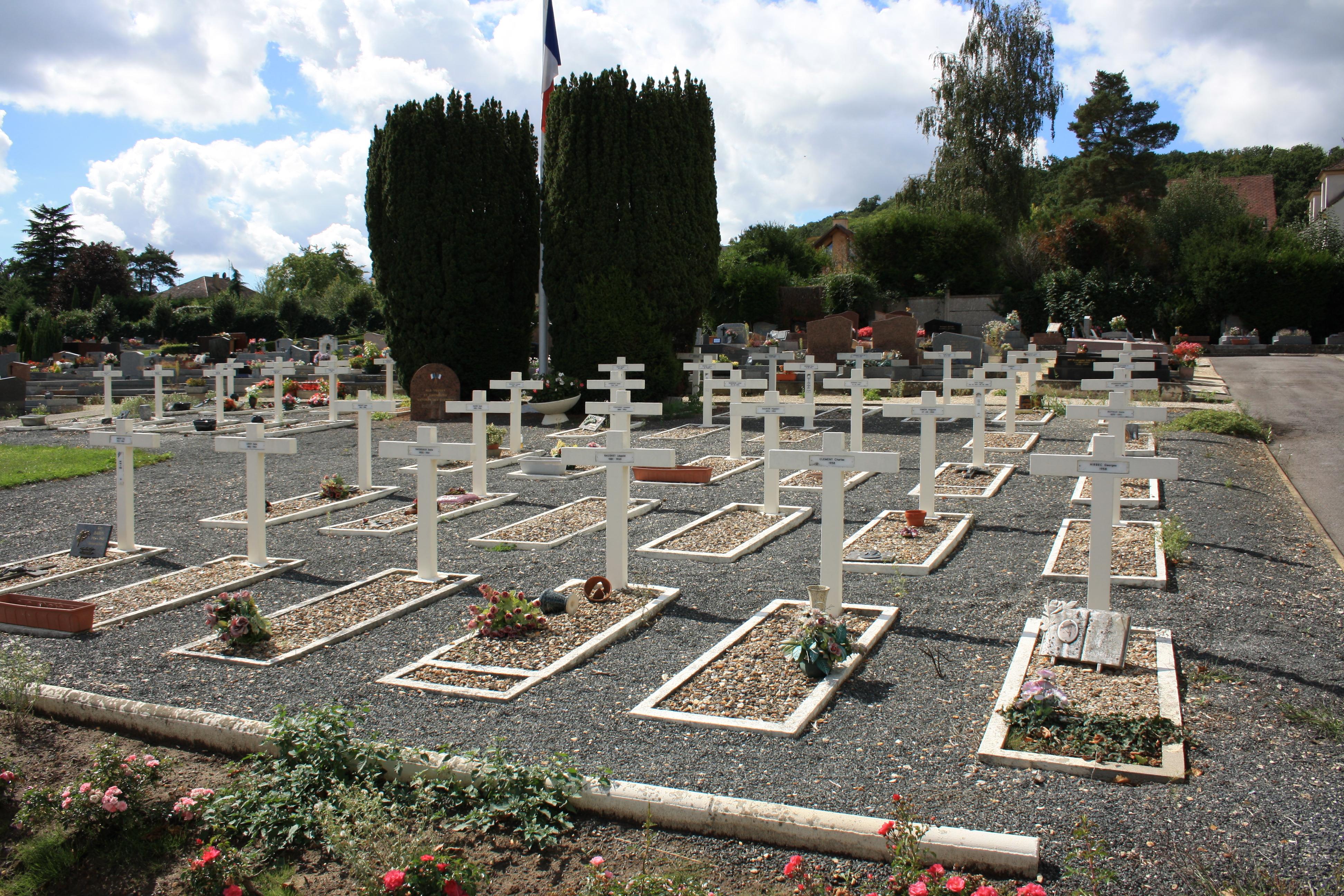 File saint remy les chevreuse new cemetery - Piscine saint remy les chevreuses ...