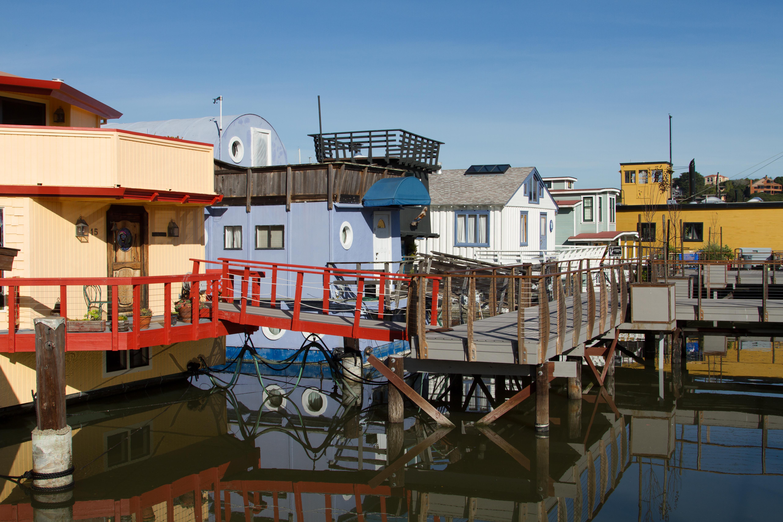 File Sausalito Houseboat Community 006 Jpg