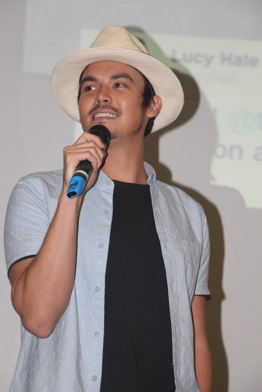 The 31-year old son of father (?) and mother(?) Tyler Blackburn in 2018 photo. Tyler Blackburn earned a  million dollar salary - leaving the net worth at 1 million in 2018