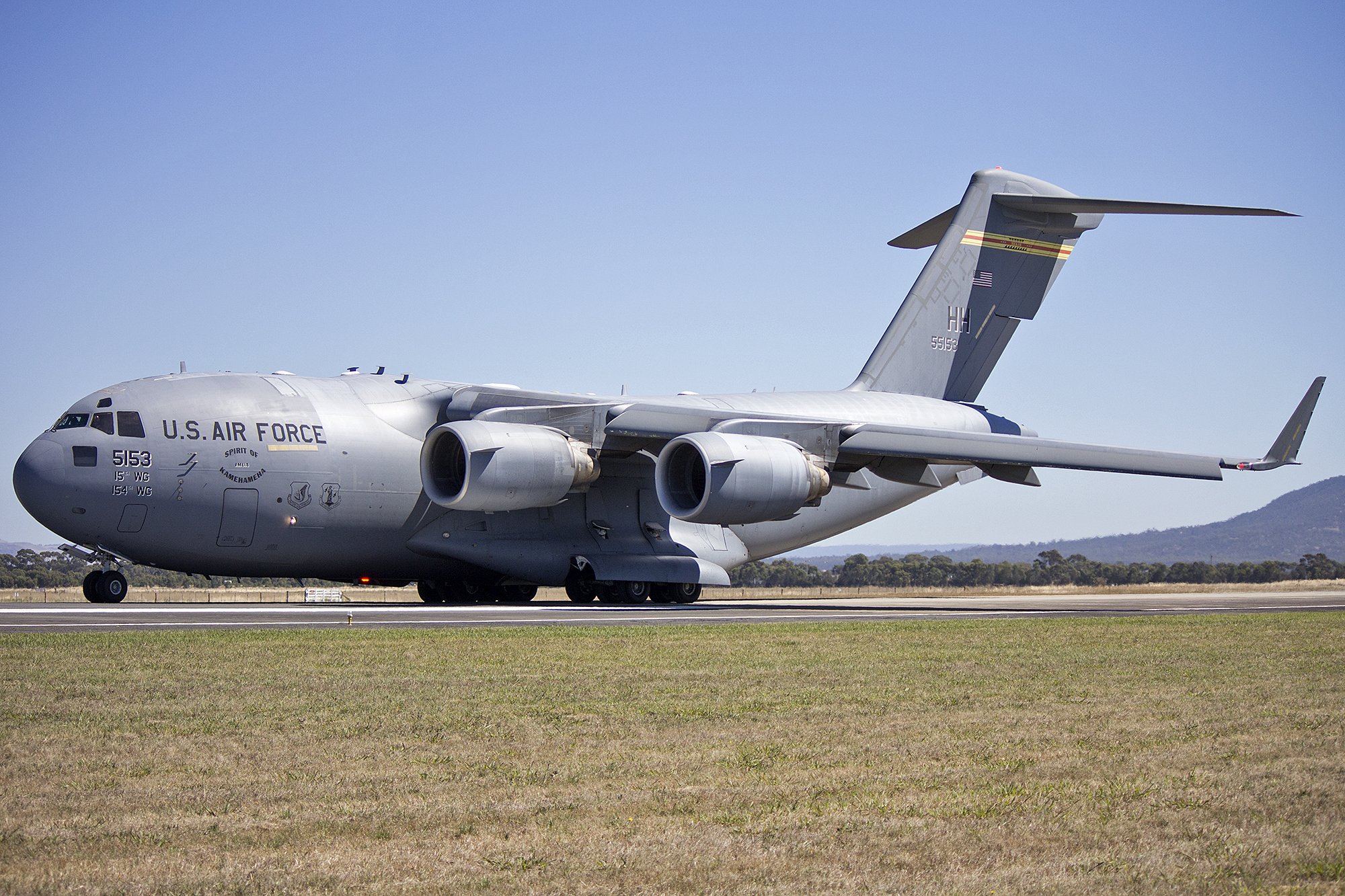 file us air force 05 5153 c 17a globemaster iii at the 2013 avalon