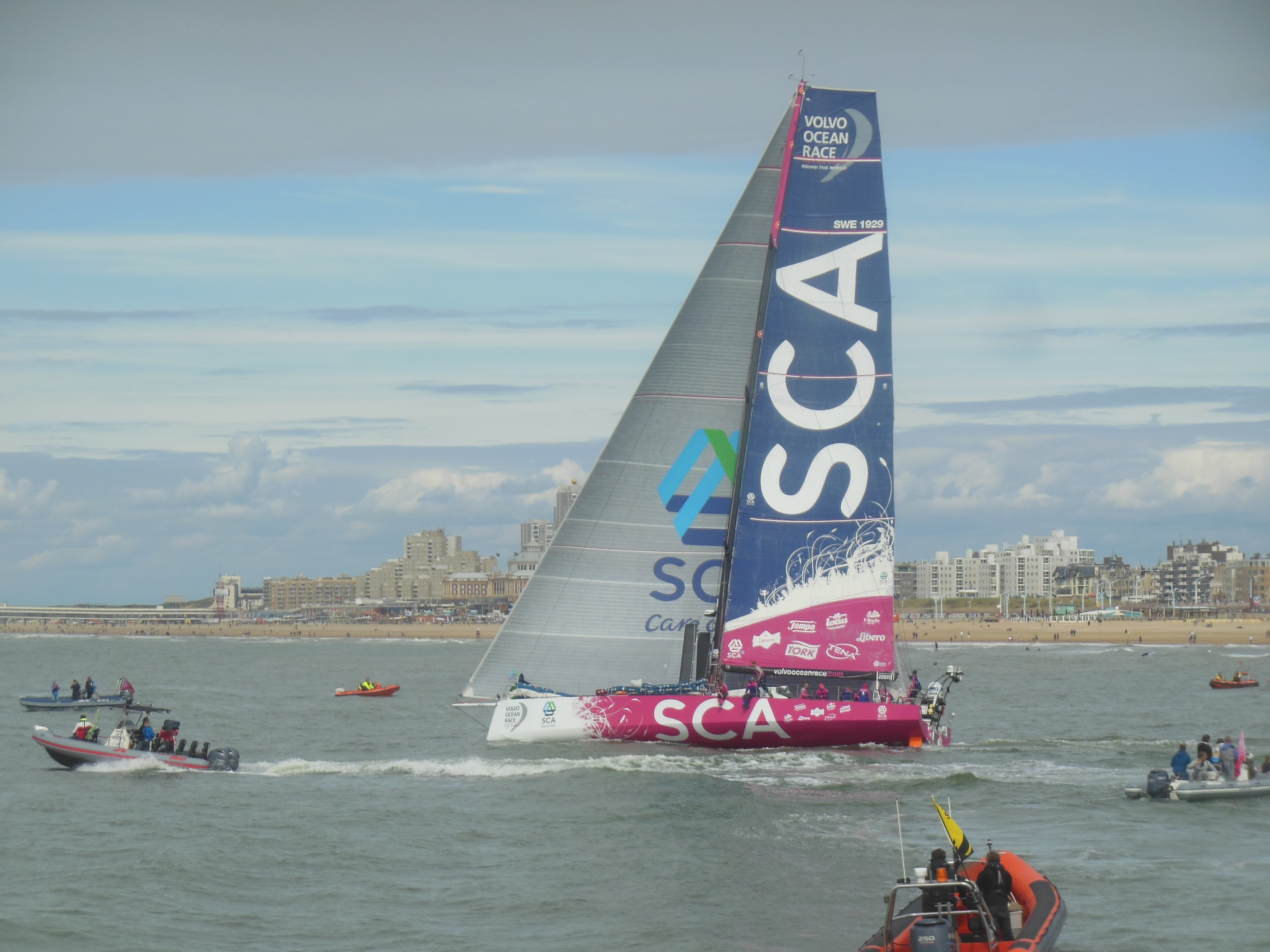 File Vo65 Team Sca At The Re Start After The Pitstop In