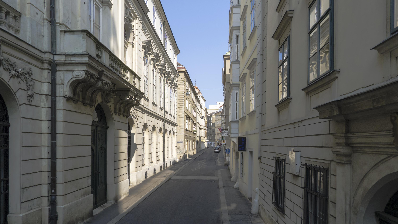 Wien 01 Sonnenfelsgasse a.jpg