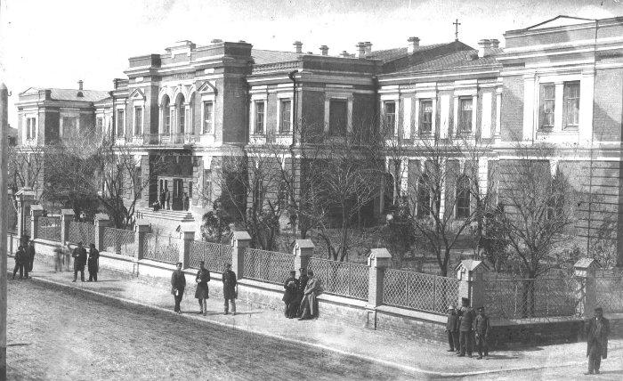 File:Єлисаветградська чоловіча гімназія.jpg