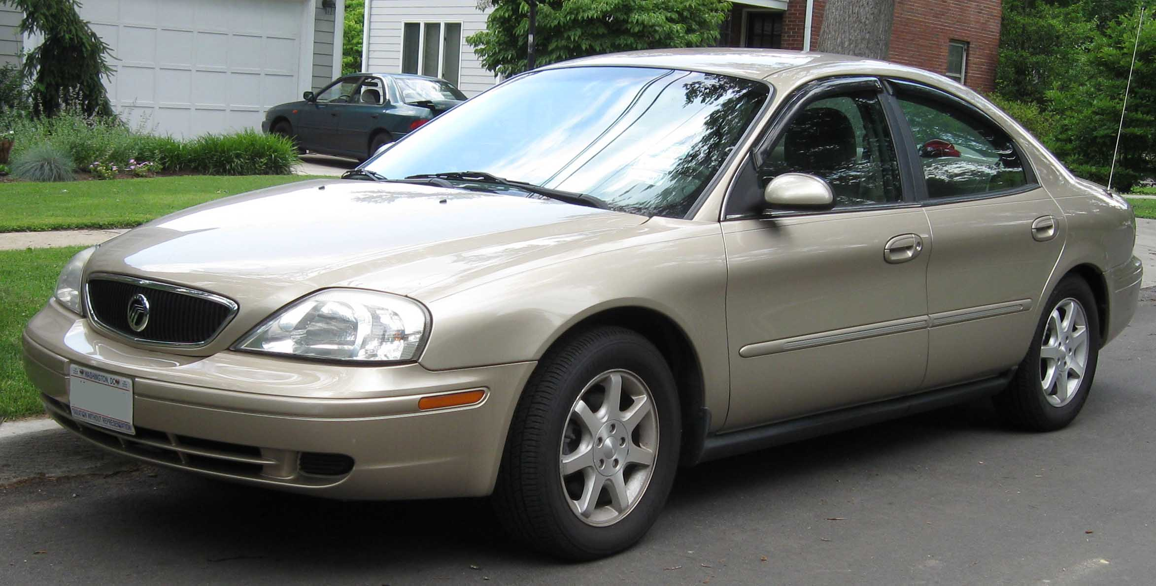 Ford taurus 2000 black until 2003 received the