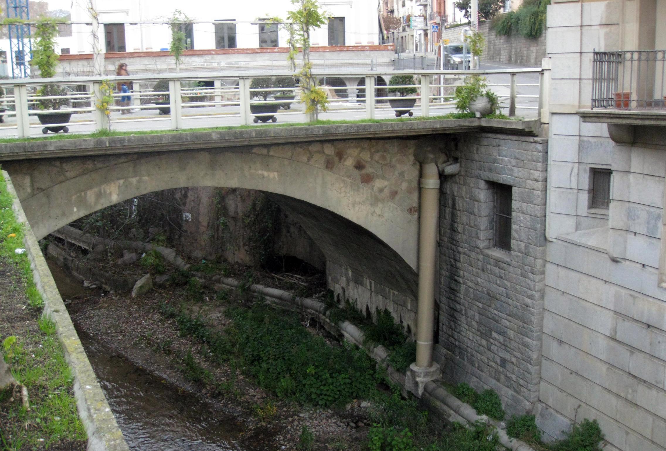File:140 Pont de la Vila (Arbúcies).jpg - Wikimedia Commons