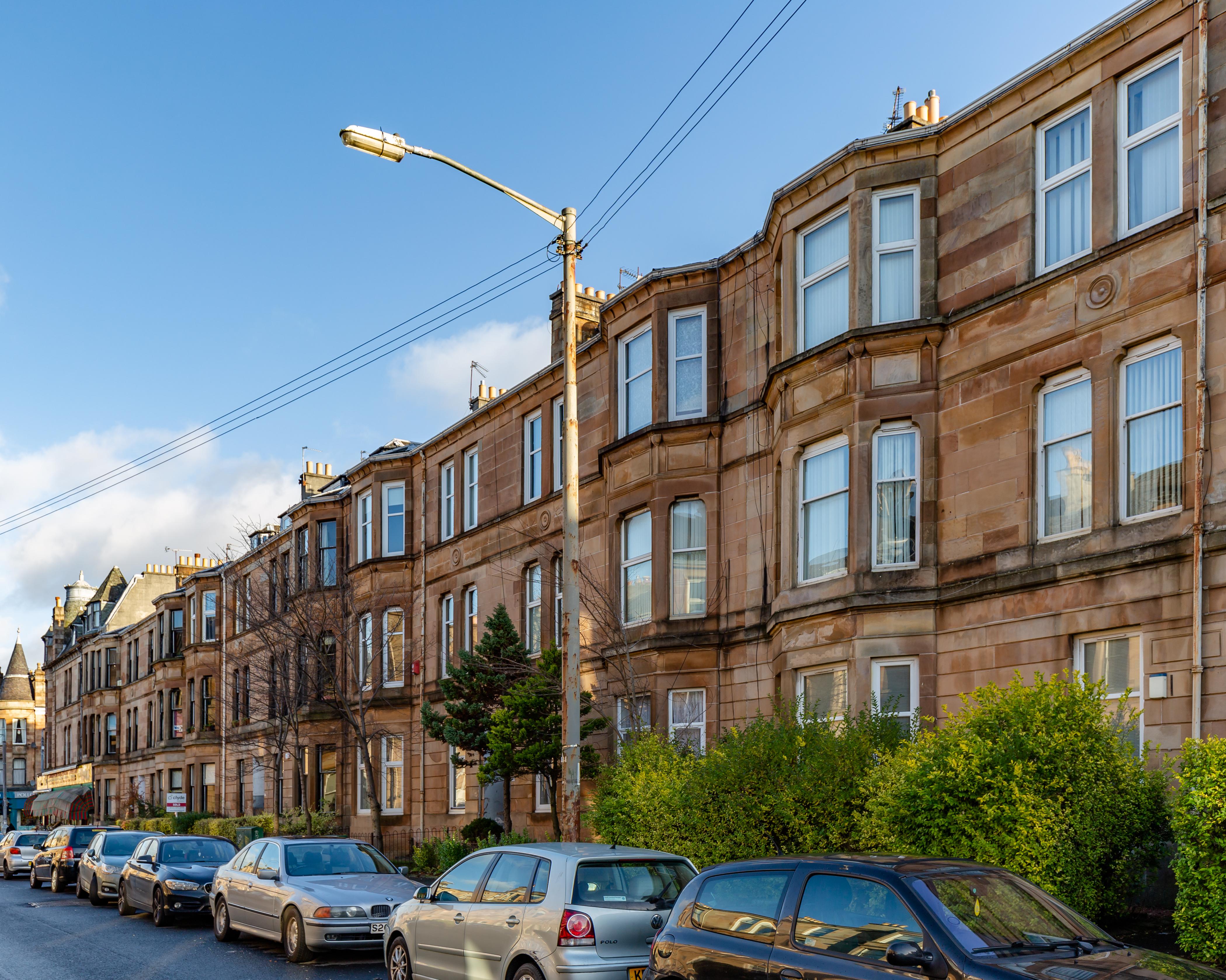 File:165-189 Kenmure Street, Glasgow, Scotland.jpg