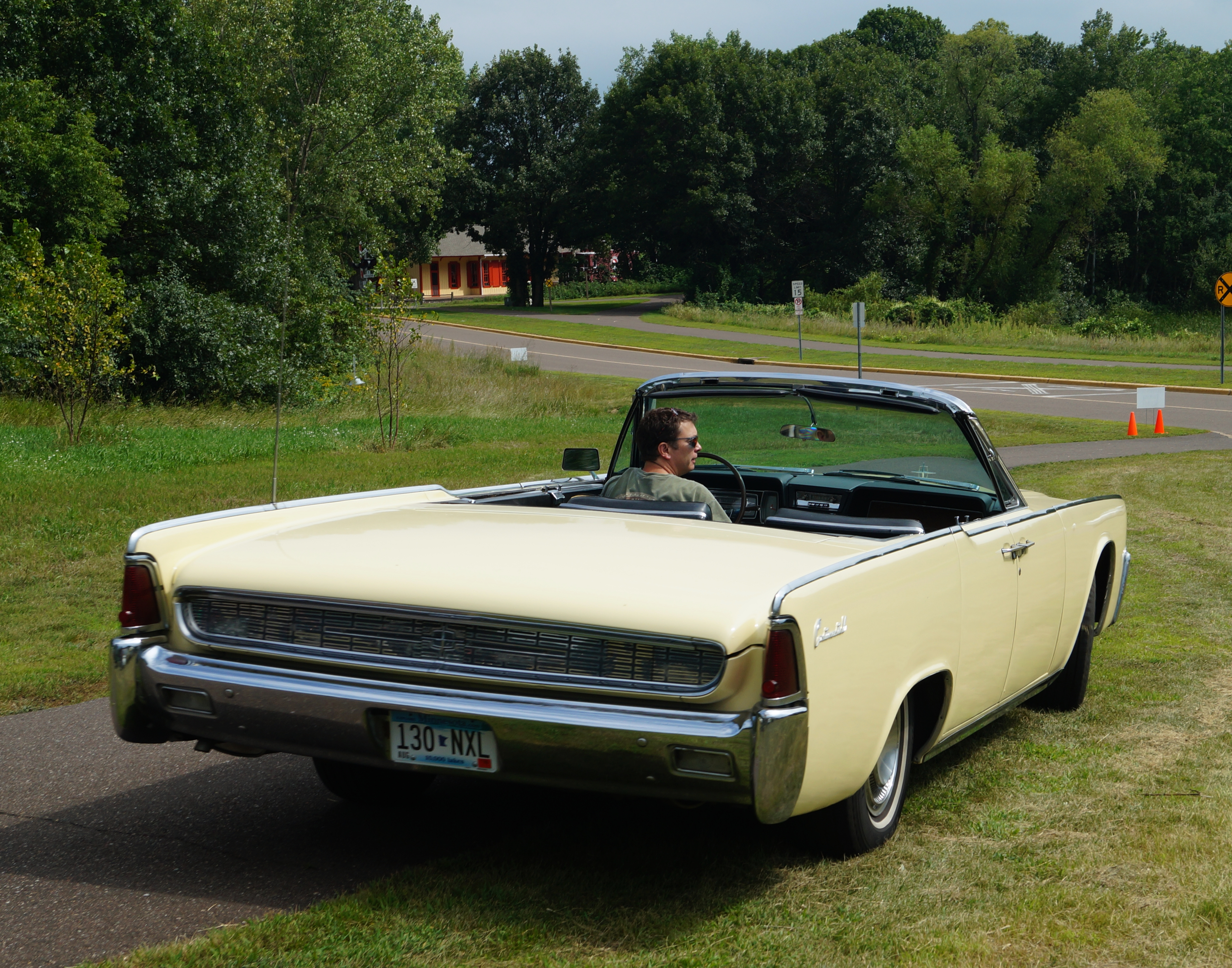 File1962 Lincoln Continental Convertible 20426844495