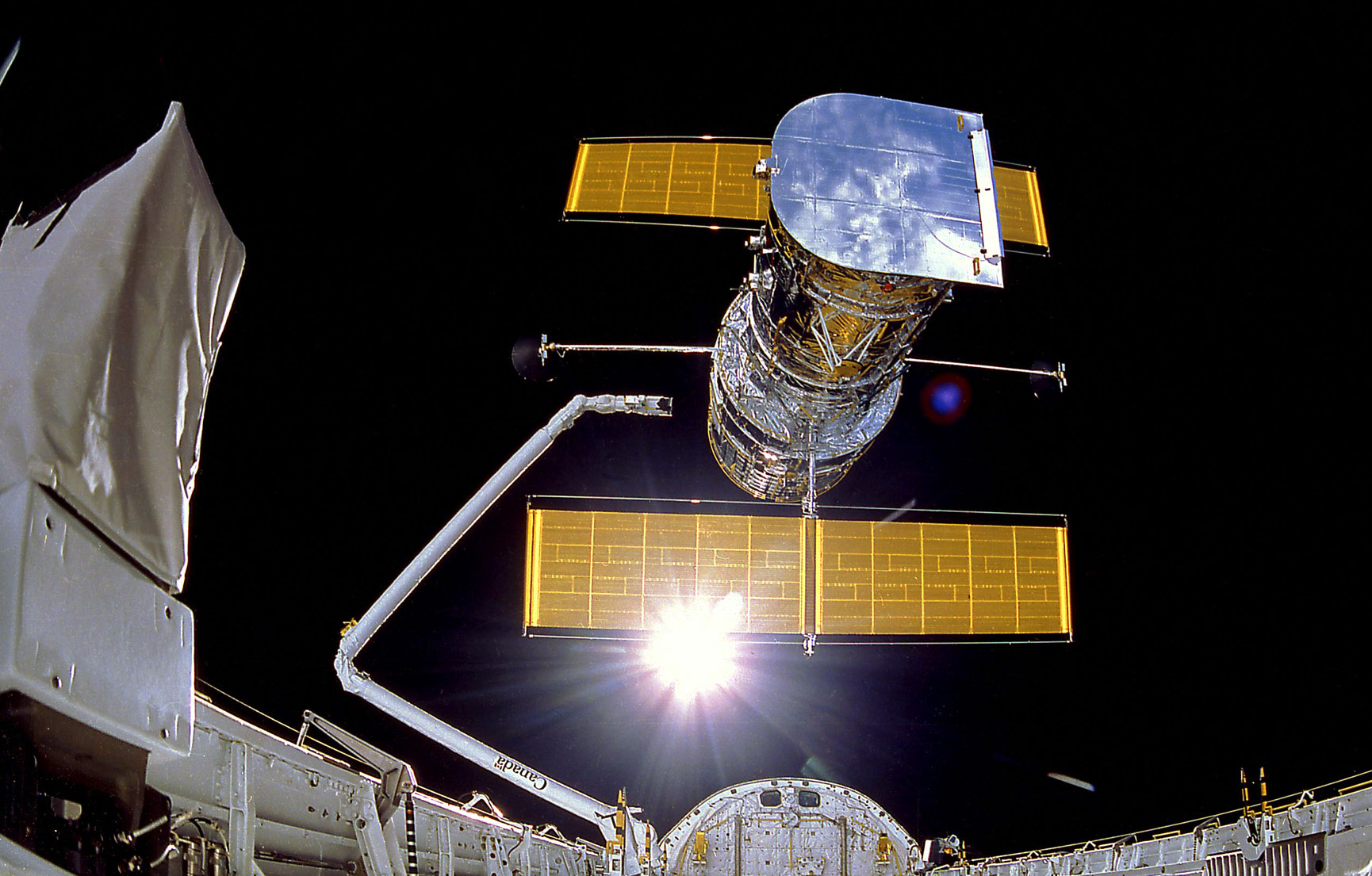 Hubble Telescope being deployed by Discovery