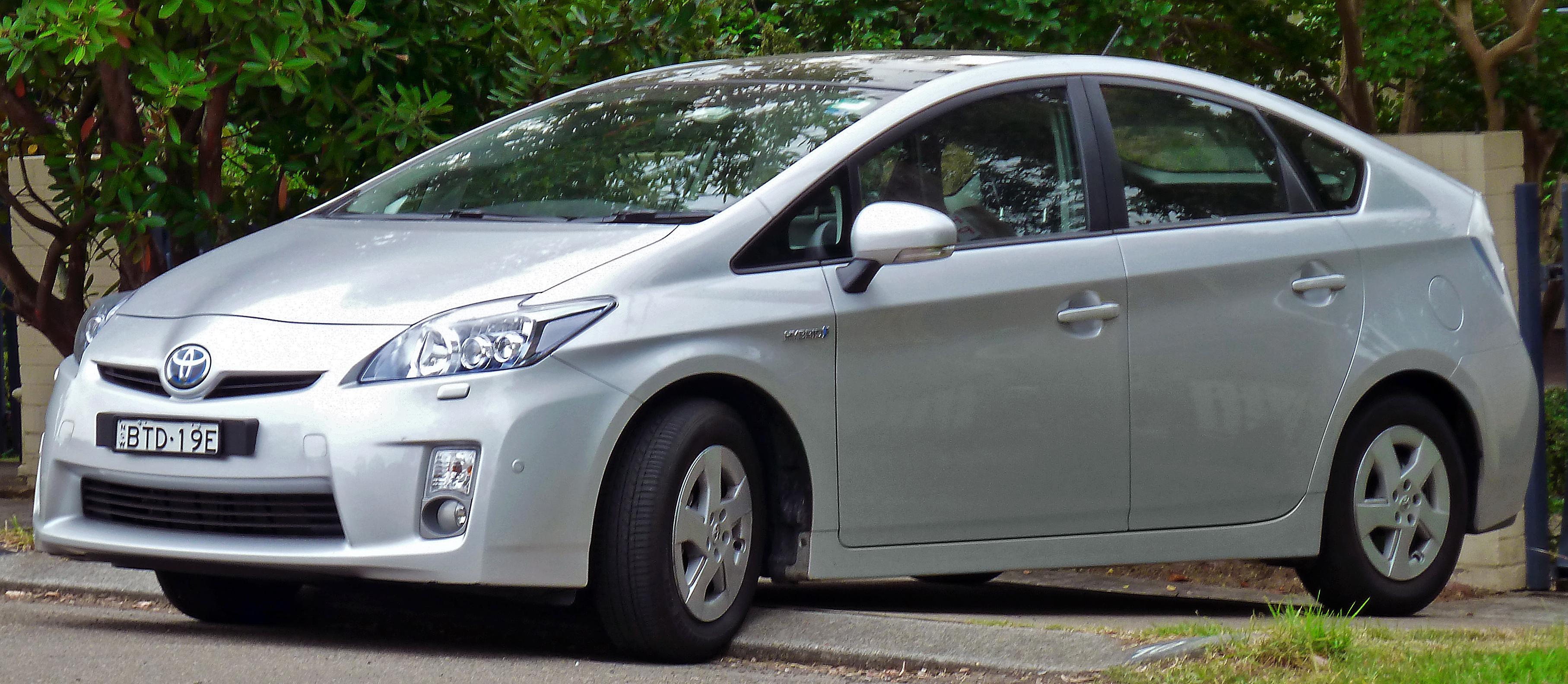 File 2009 2011 Toyota Prius Zvw30r I Tech Liftback 2011