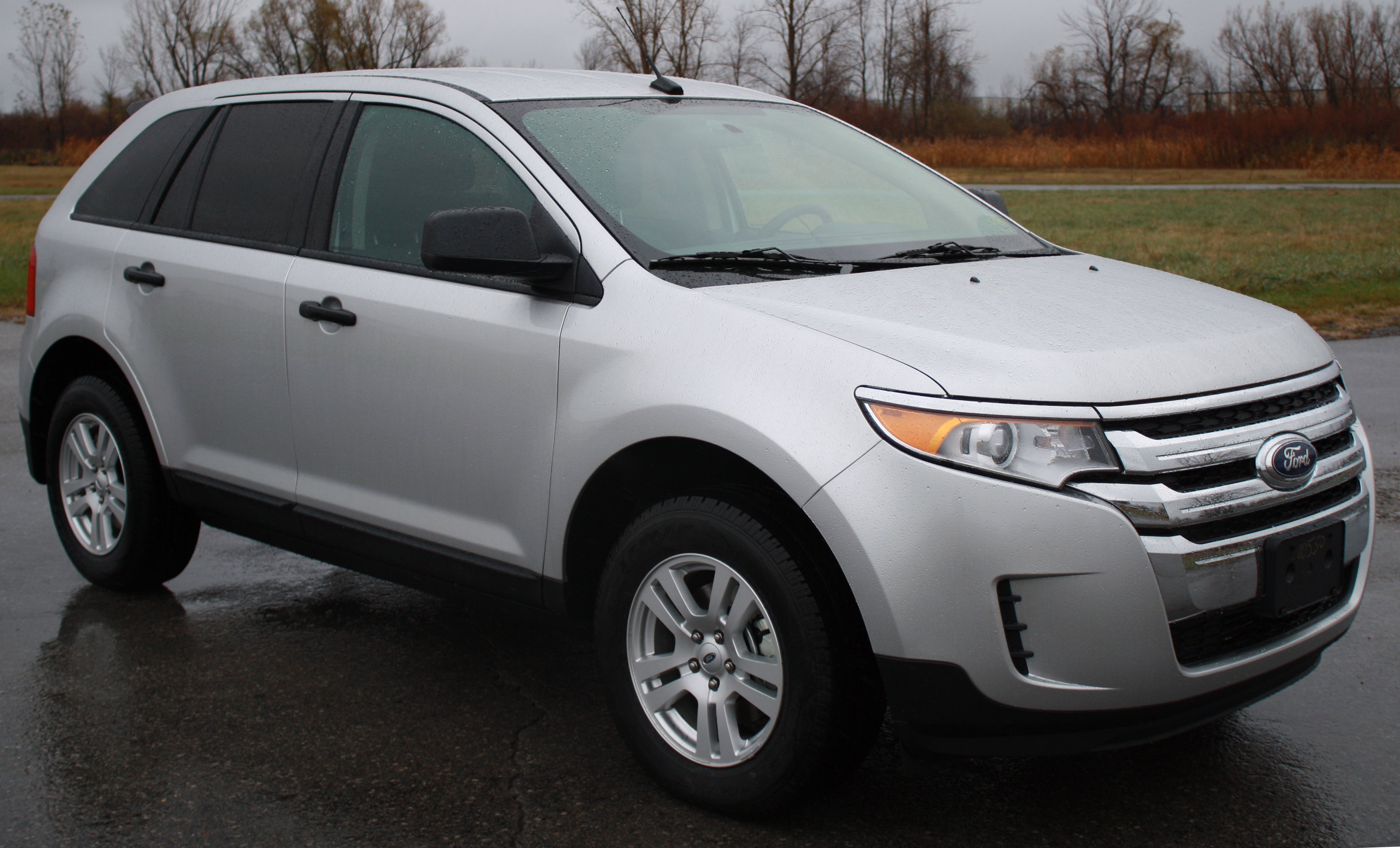 File2011 Ford Edge SE  NHTSA 1jpg  Wikimedia Commons