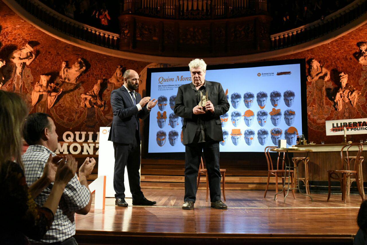 295103b35c21 Fitxer:50è Premi d'Honor de les Lletres Catalanes al Palau de la ...