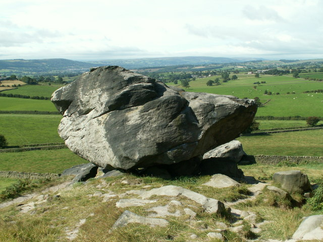 A rock feature at Almscliff Crag - geograph.org.uk - 540705