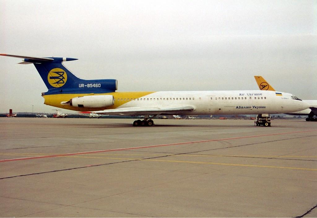 Air_Ukraine_Tupolev_Tu-154B-2_Maiwald.jp