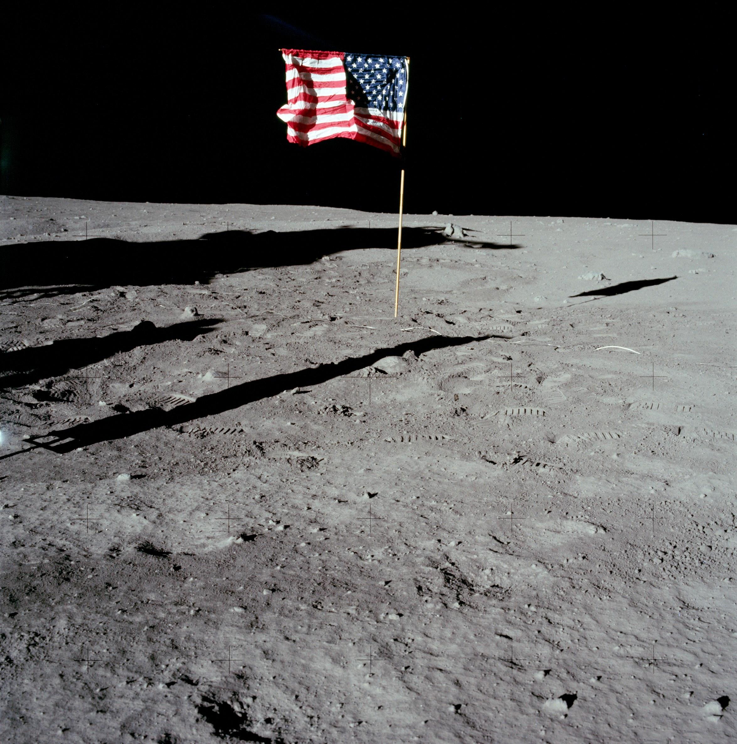 Schatten auf dem Mond