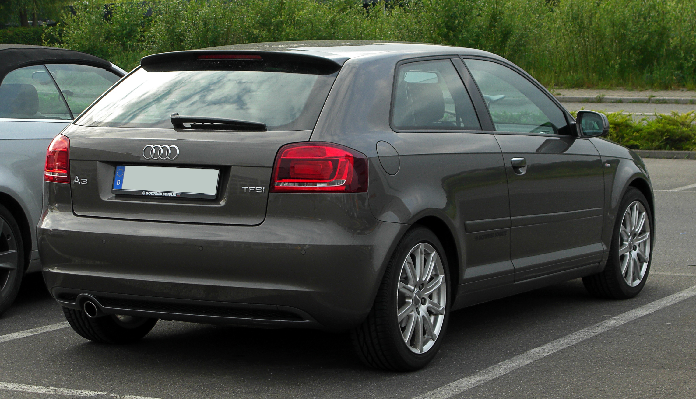 file audi a3 1 2 tfsi ambition s line 8p 3 facelift heckansicht 17 mai 2011. Black Bedroom Furniture Sets. Home Design Ideas