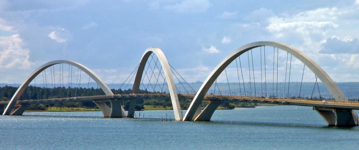 Juscelino Kubitschek bridge in Bras lia, Brazil