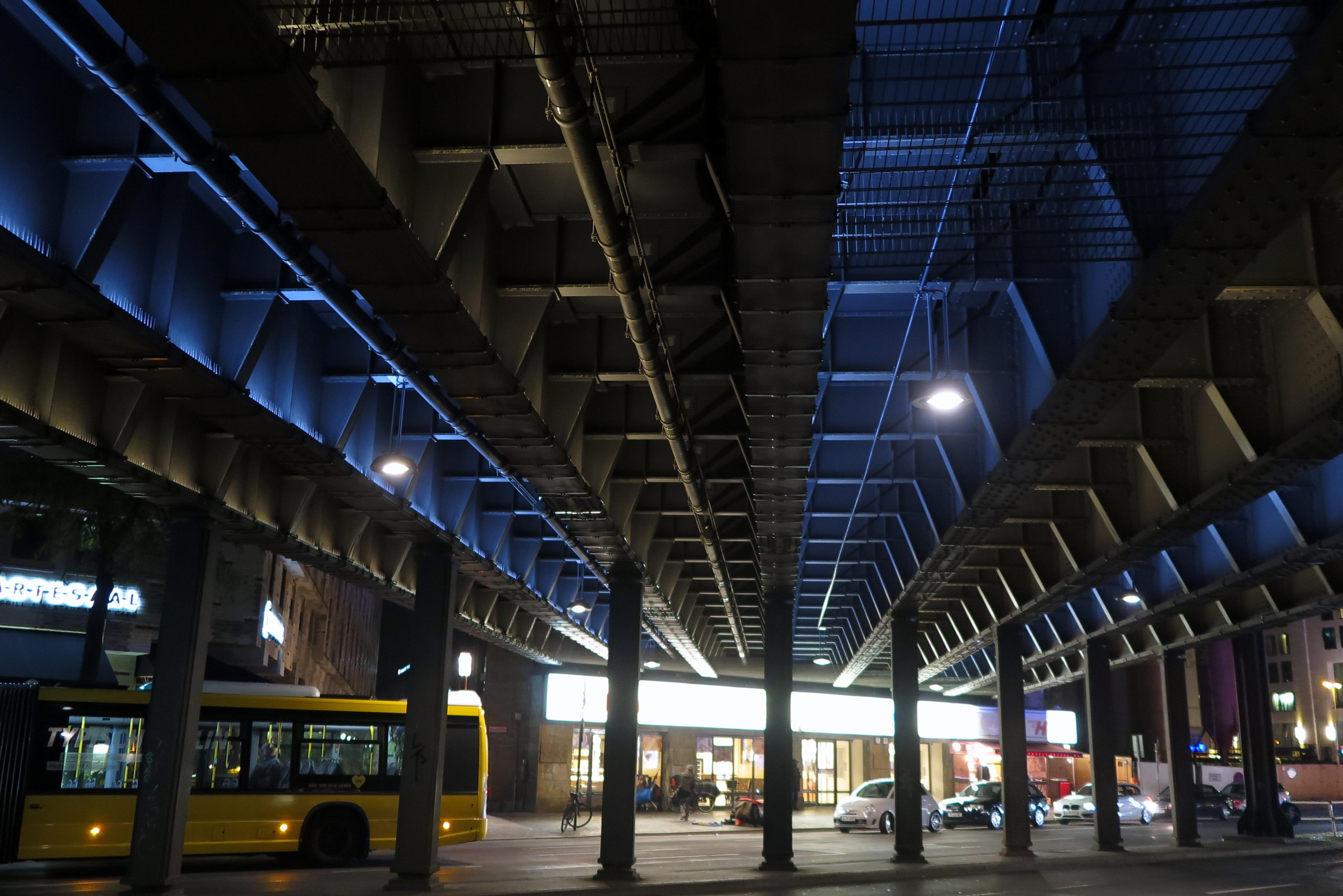 File Bahnhof Zoo Berlin 21937337026 Jpg Wikimedia Commons