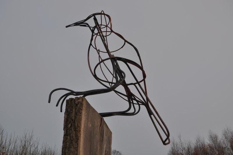 Bird Sculpture Brock Hill Country Park - geograph.org.uk - 2182337