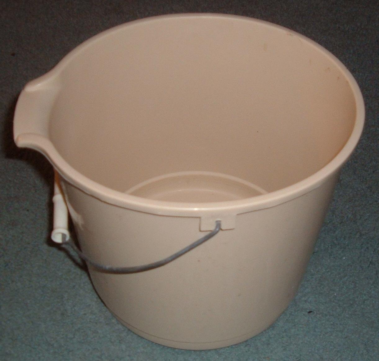 Bucket.agr.jpg