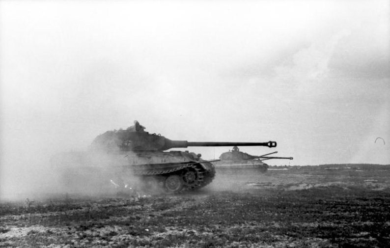 King-Tigers of schwere Panzer-Abteilung 503 performing gunnery exercises