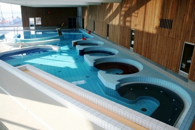 file centre aquatique nouvel espace de baln oth rapie