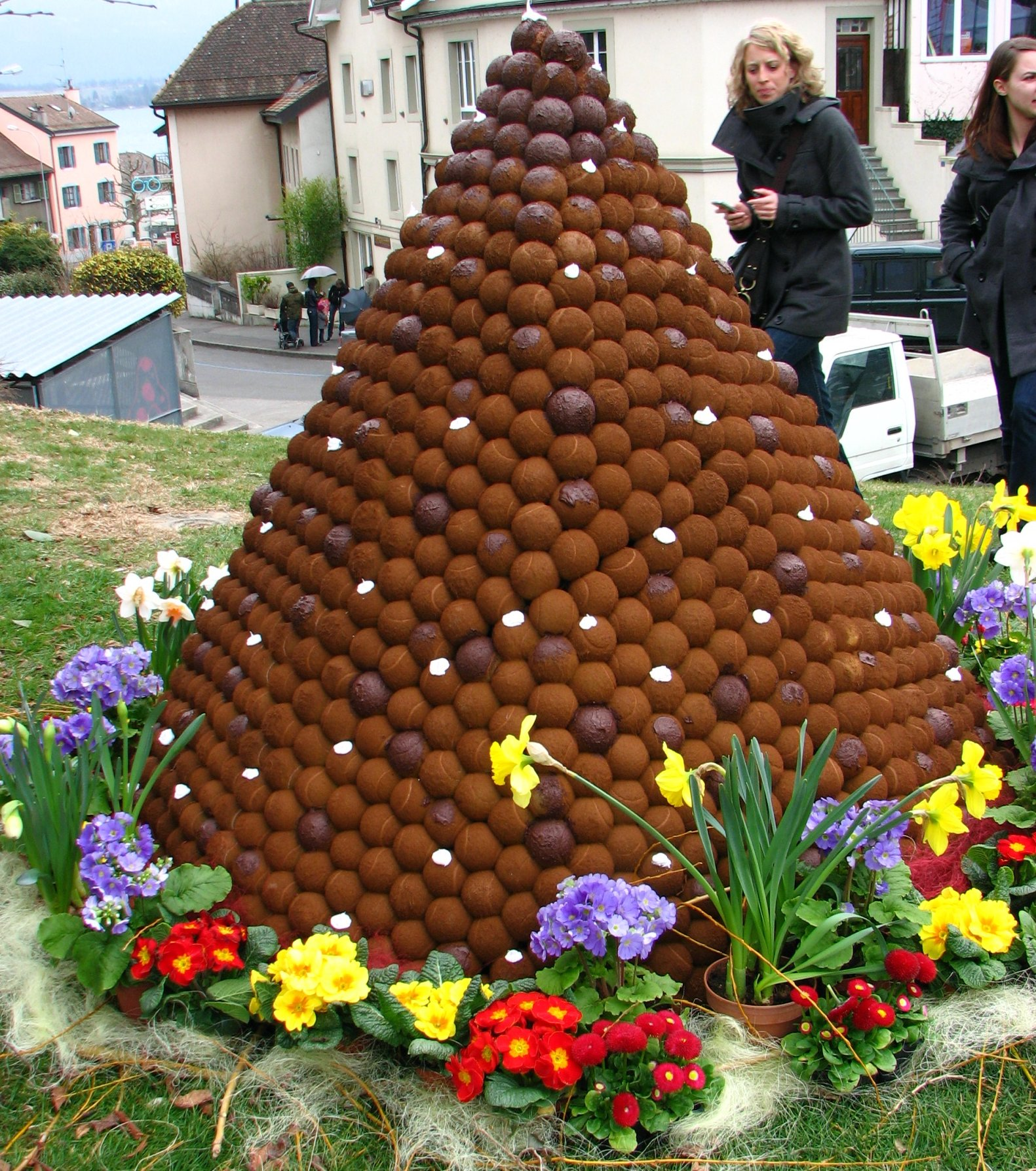 File:Chocolate Festival, Versoix- Switzerland2.jpg - Wikimedia Commons