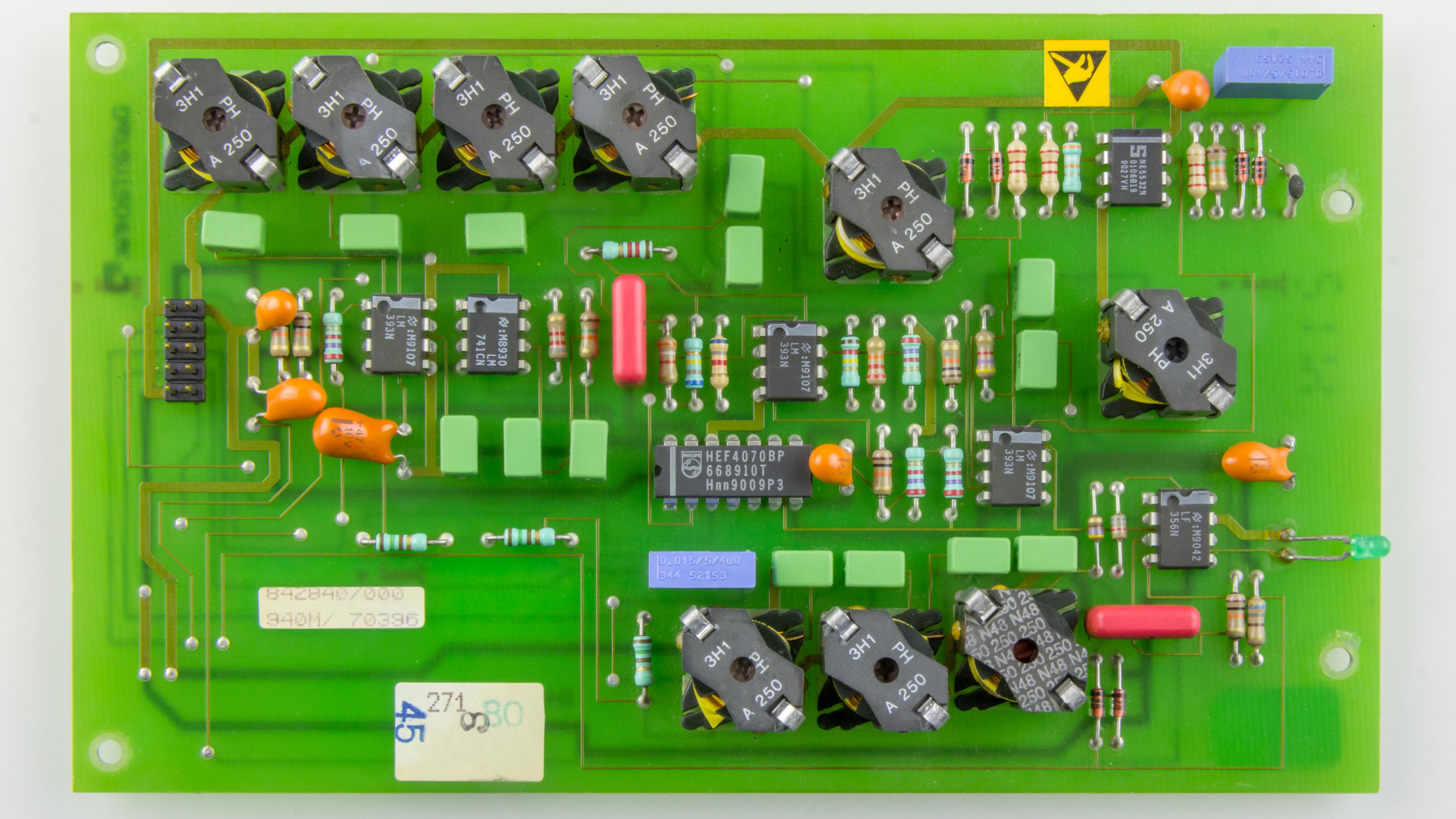 Filedov 1x Printed Circuit Board 9784 Wikimedia Commons Cheap Boards