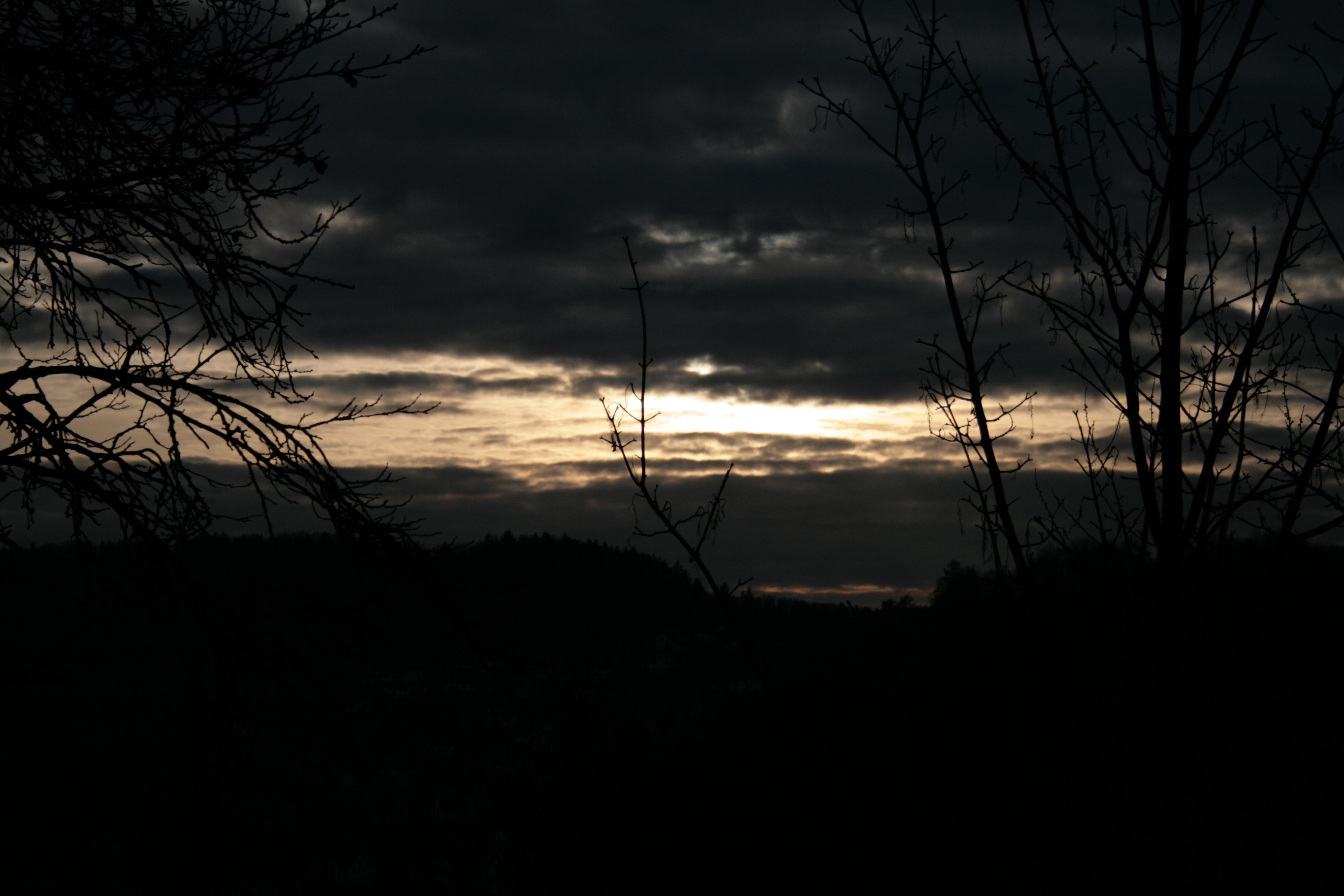 File:Dark sky.JPG - Wikimedia Commons