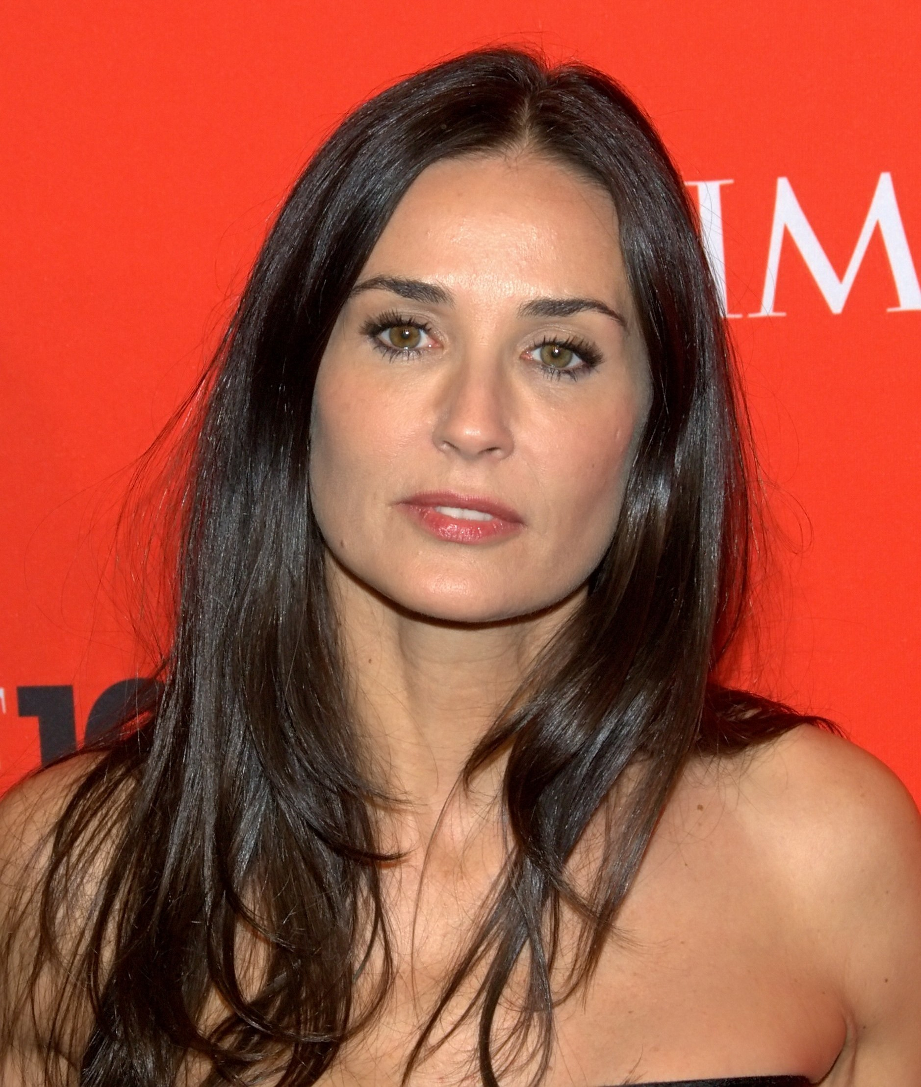 Tips: Demi Moore, 2018s businessy hair style of the sexy friendly attractive  model