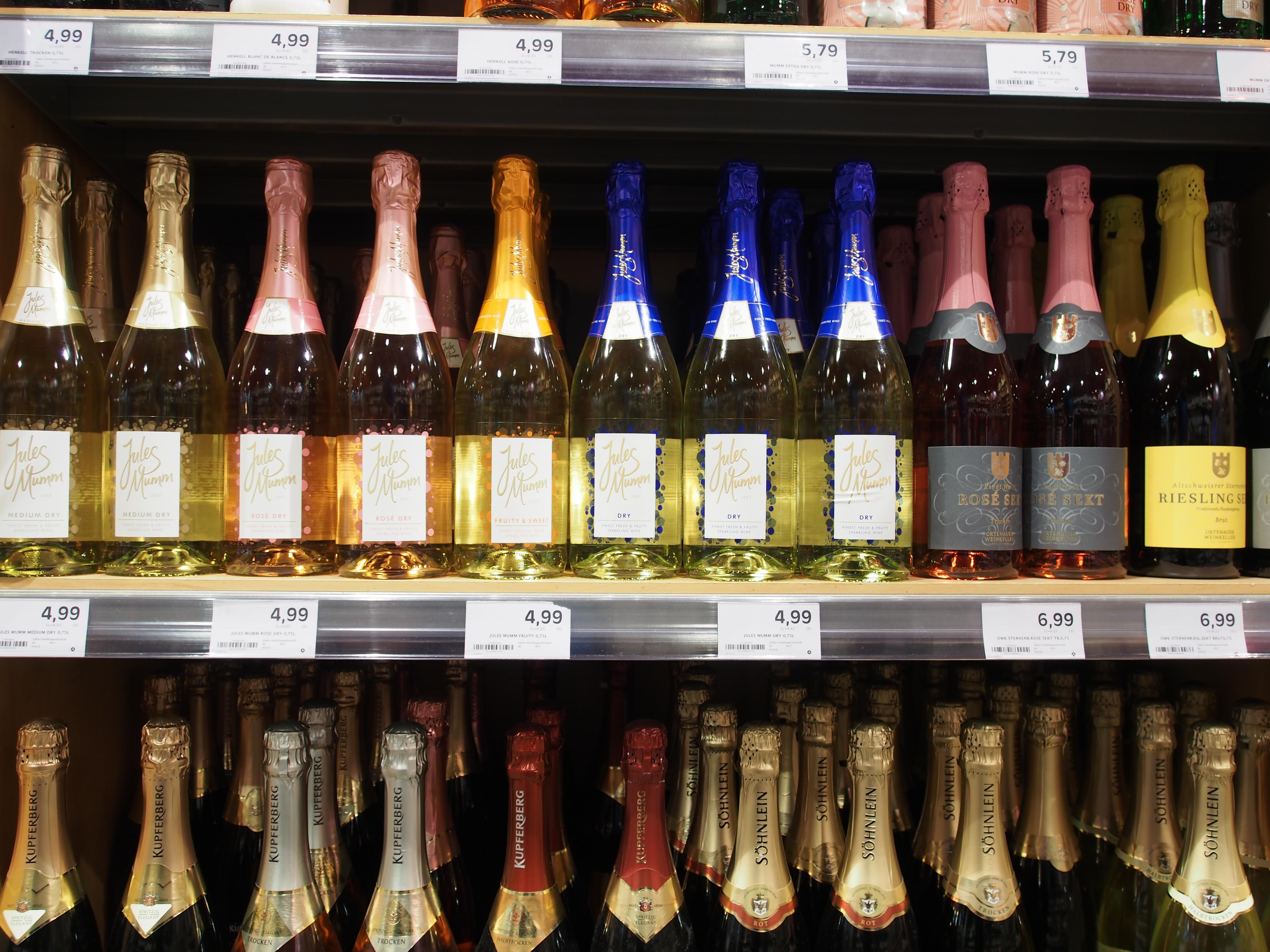 File:Edeka, Cité, Baden-Baden, Alkoholische Getränke Bild 6.JPG ...