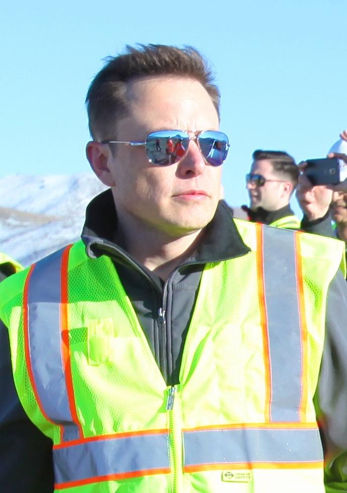 Elon Musk oveseeing the construction of Gigafactory (16549440890).jpg