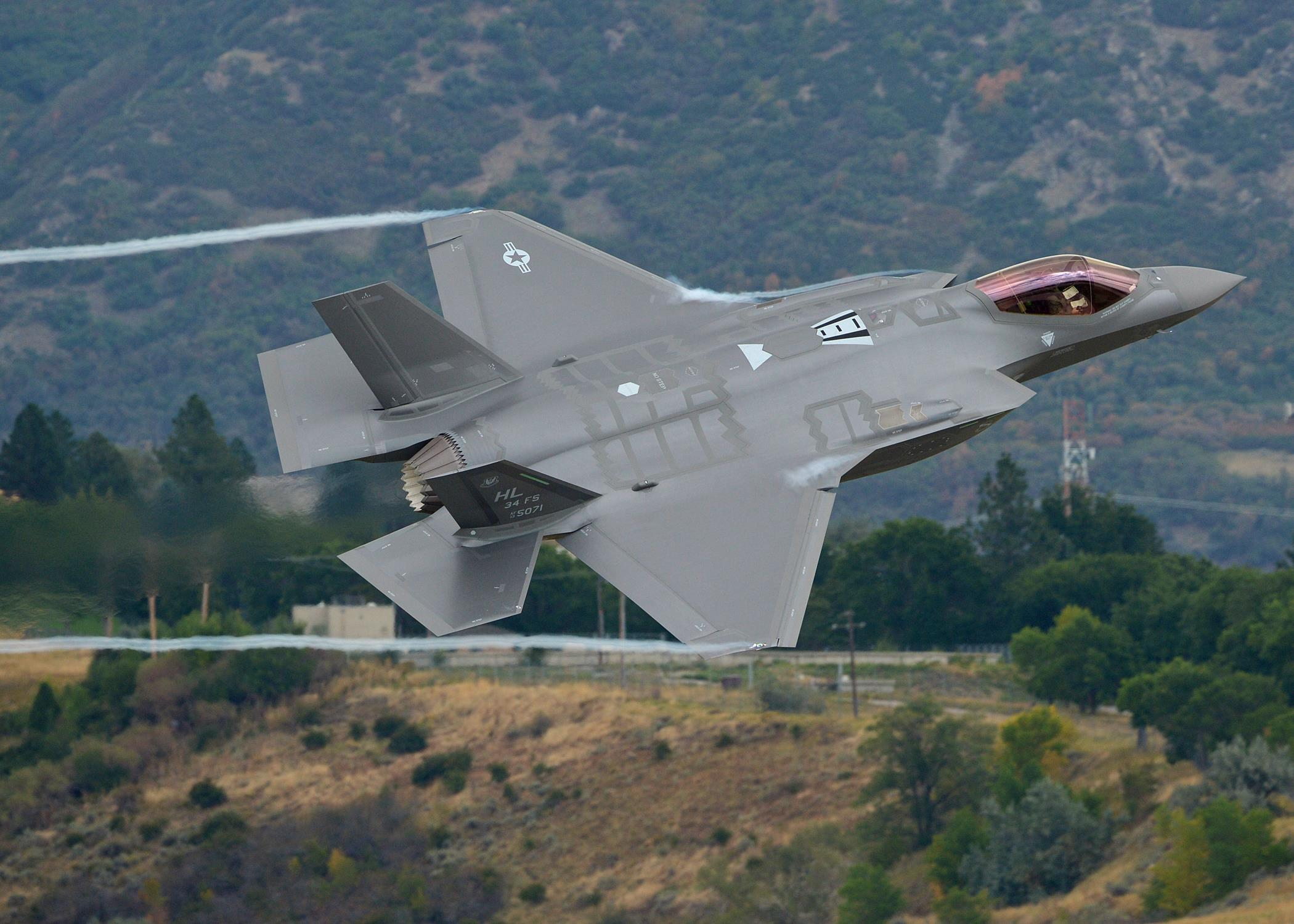 First_F-35A_local_training_sortie_-_1509