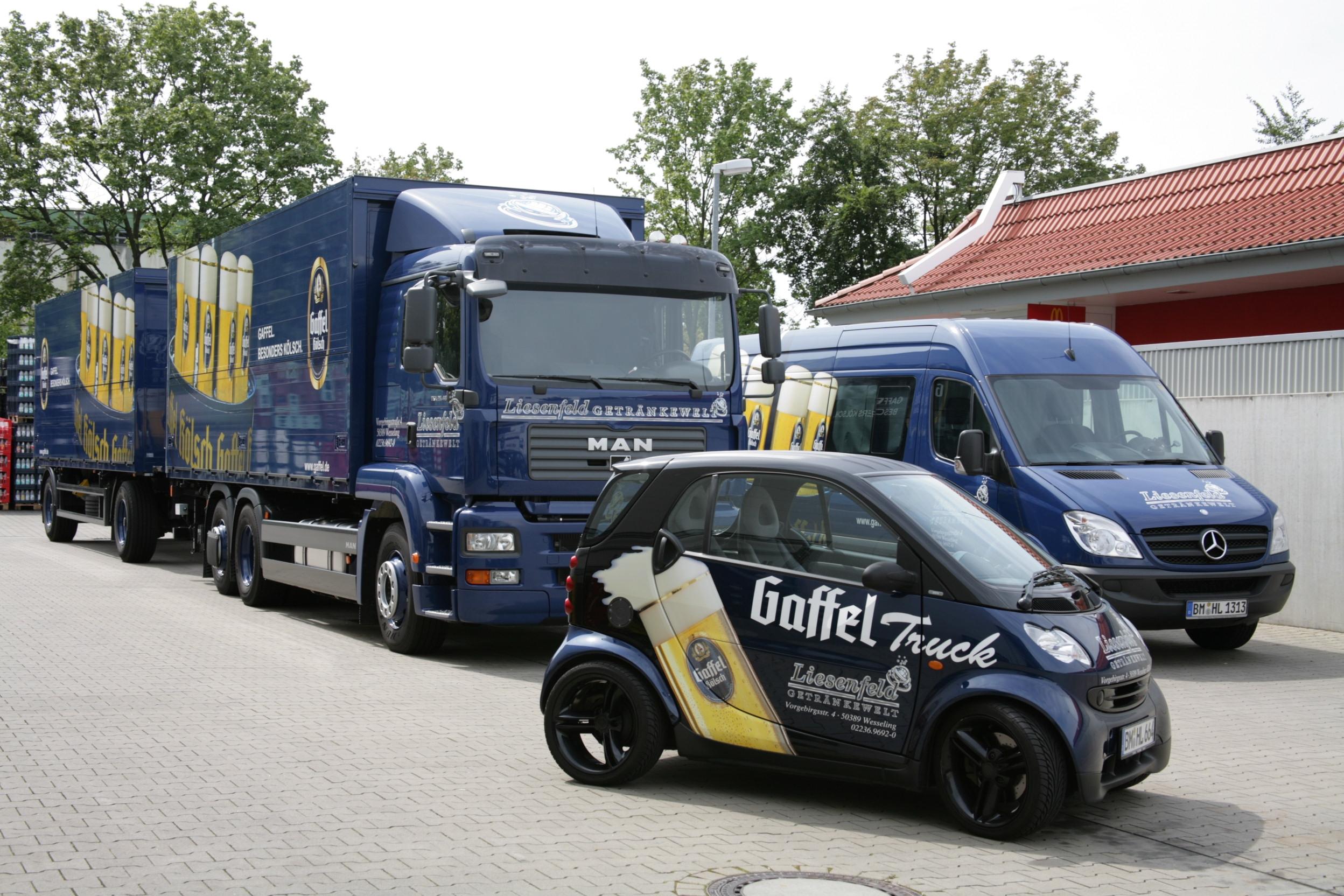 Datei:Gaffel kölsch - gaffel trucks liesenfeld getränkewelt.jpg ...