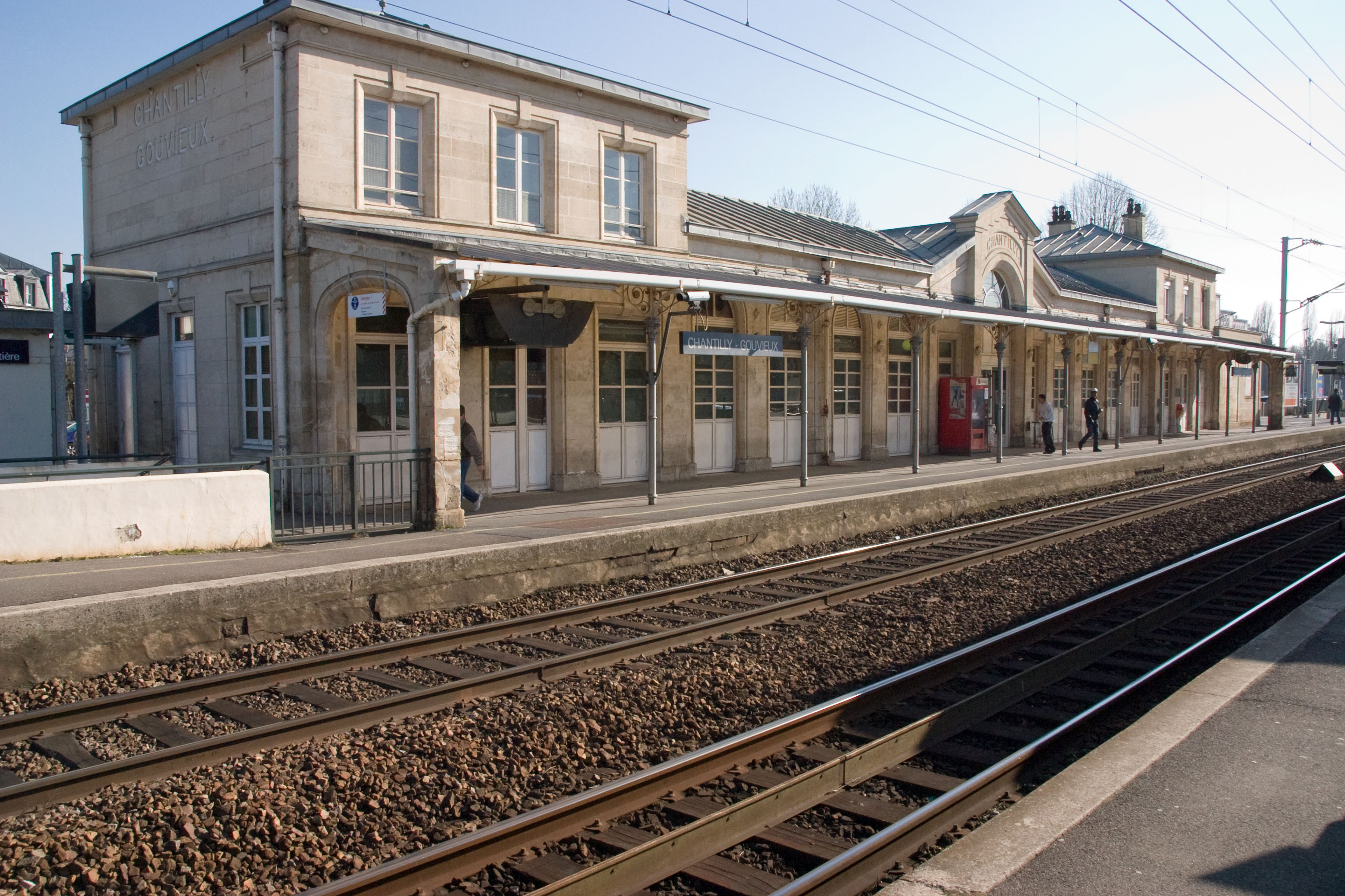 fichier gare de chantilly gouvieux crw wikip dia. Black Bedroom Furniture Sets. Home Design Ideas