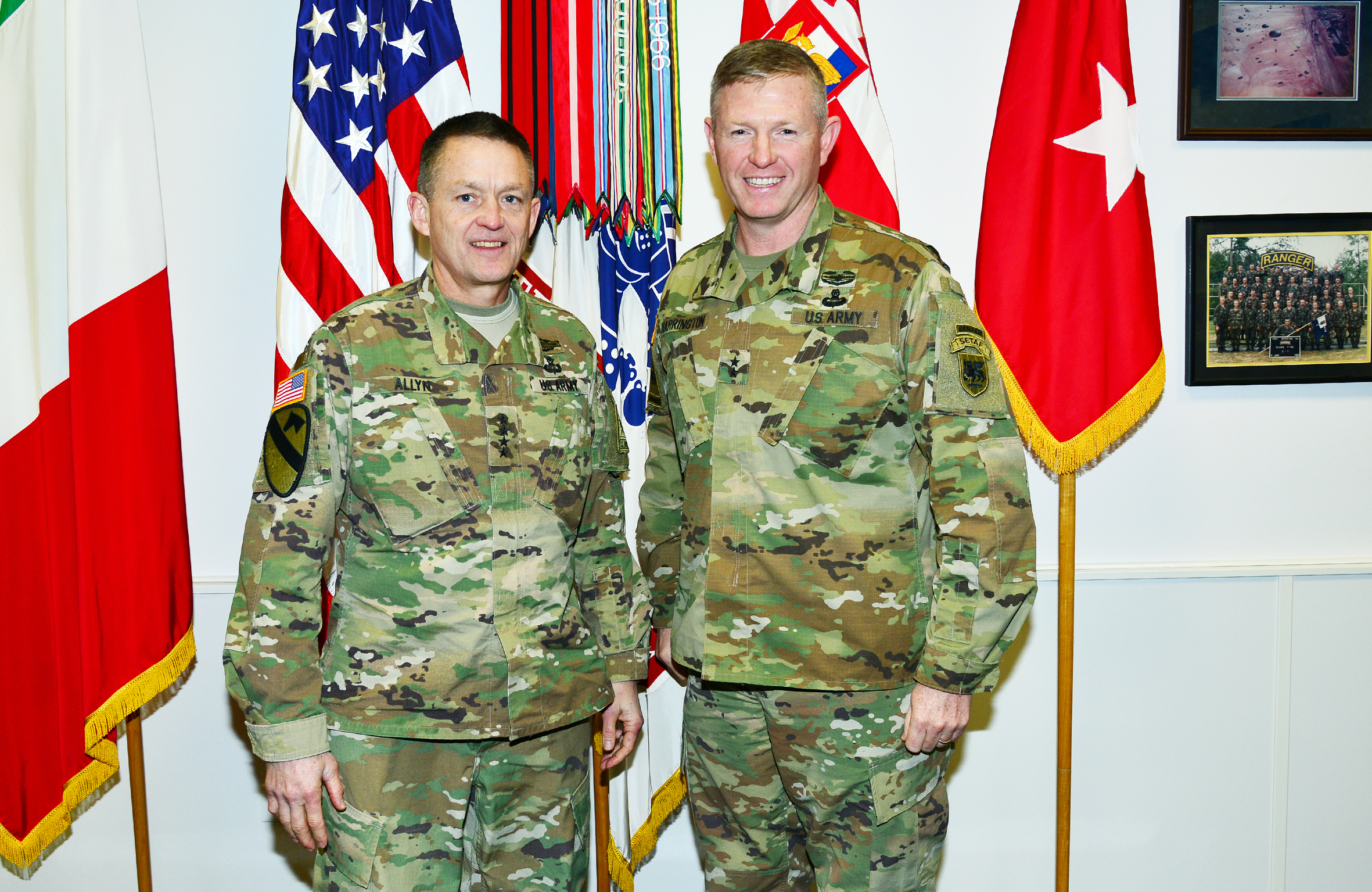 File Gen Daniel B Allyn Visits At Caserma Ederle In Vicenza Italy