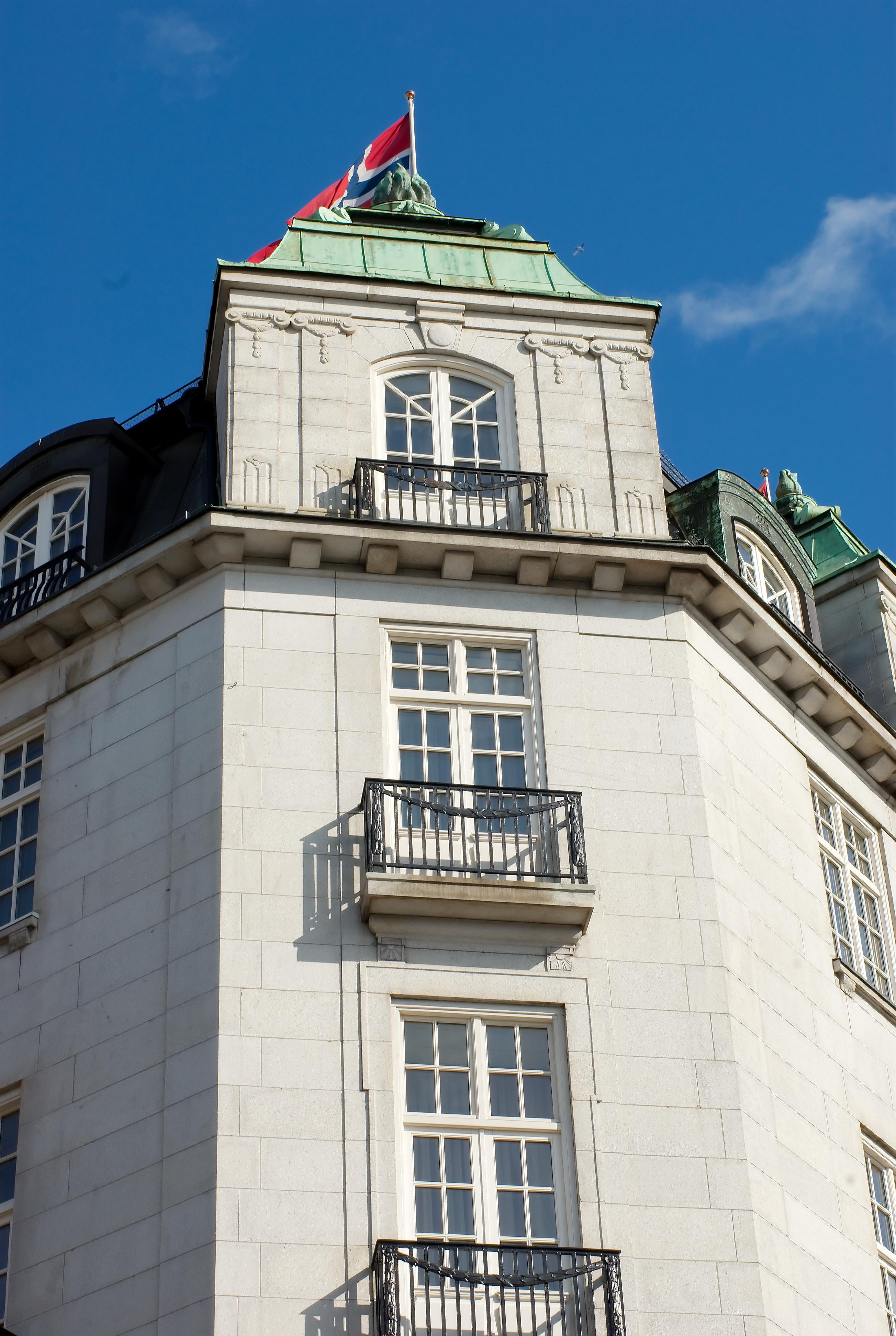 file grand hotel in oslo wikimedia commons. Black Bedroom Furniture Sets. Home Design Ideas