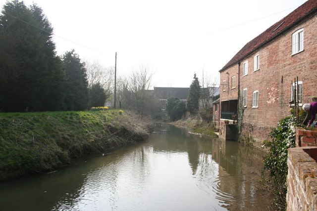 Horncastle Canal - geograph.org.uk - 381725