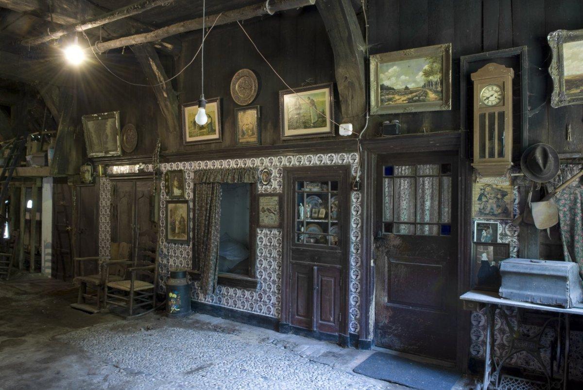 File interieur overzicht van zijwand in het los hoes met - Makers van het interieur ...