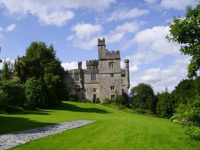 File:Lismore Castle - geograph.org.uk - 501529.jpg