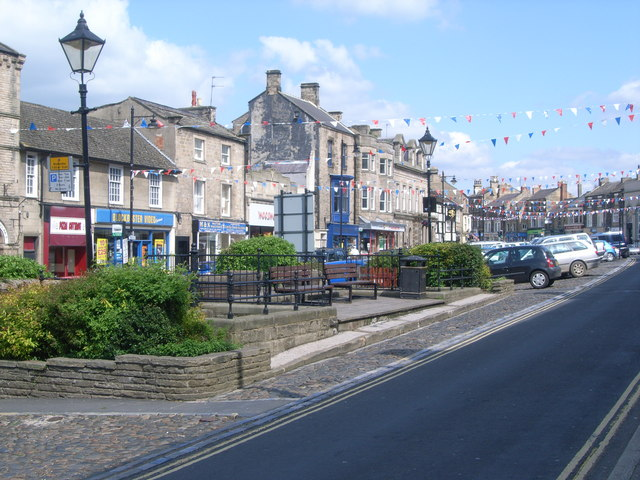 Looking up Market Place, Barnard Castle - geograph.org.uk - 832032