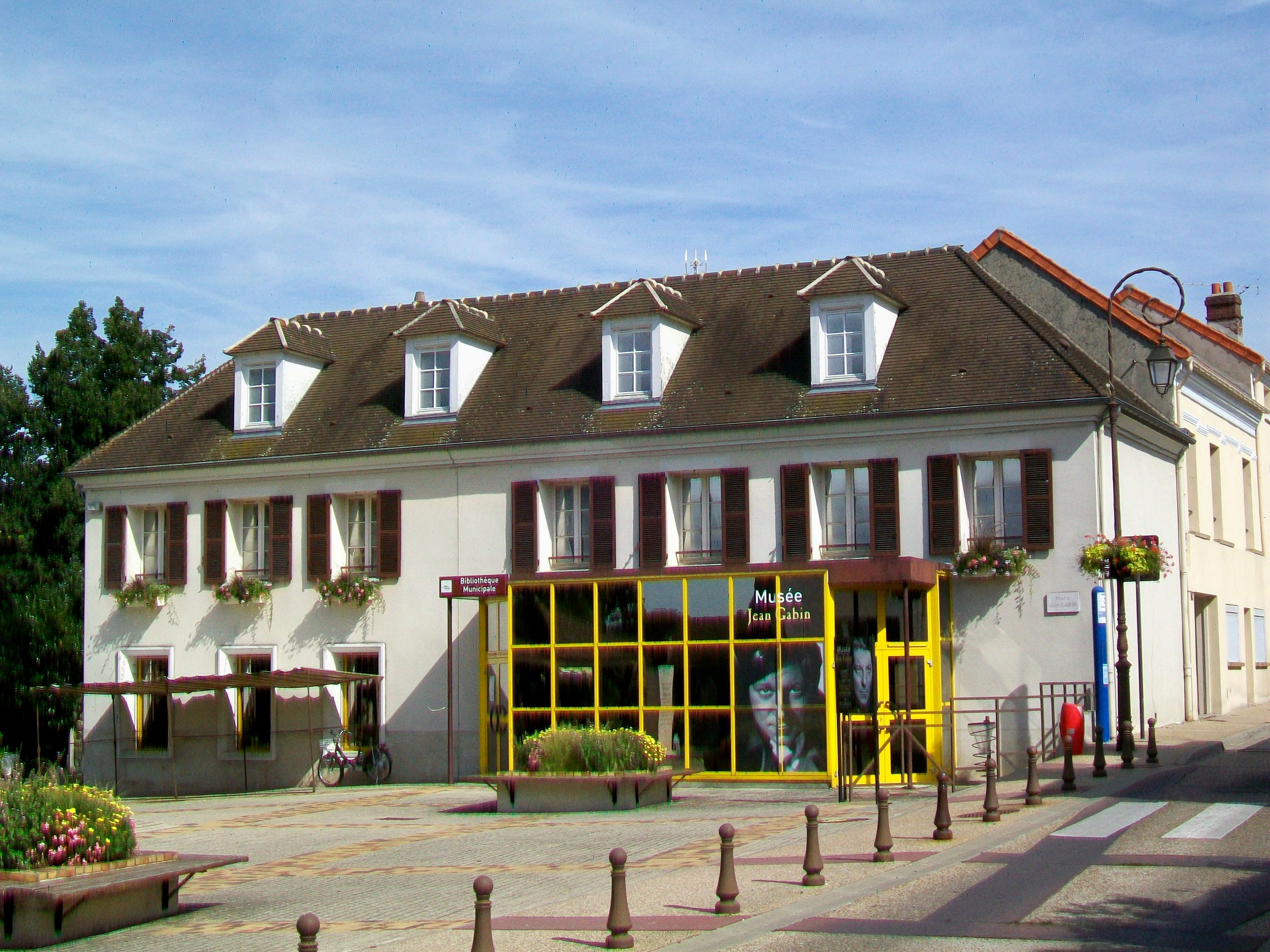 mériel-95-musée-jean-gabin-et-bibliothèque-municipale-grande
