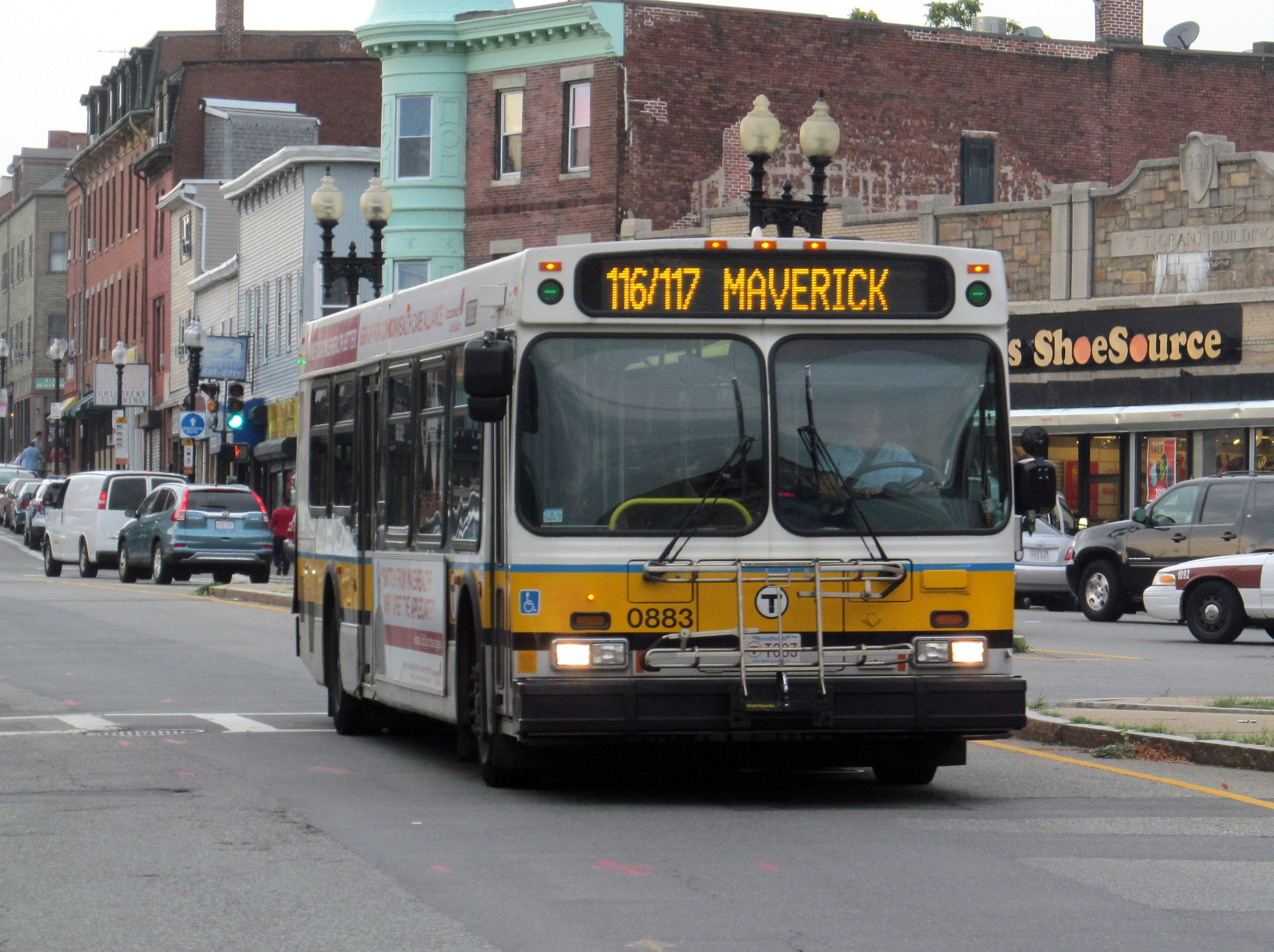 file:mbta route 116-117 bus on meridian street, august 2015