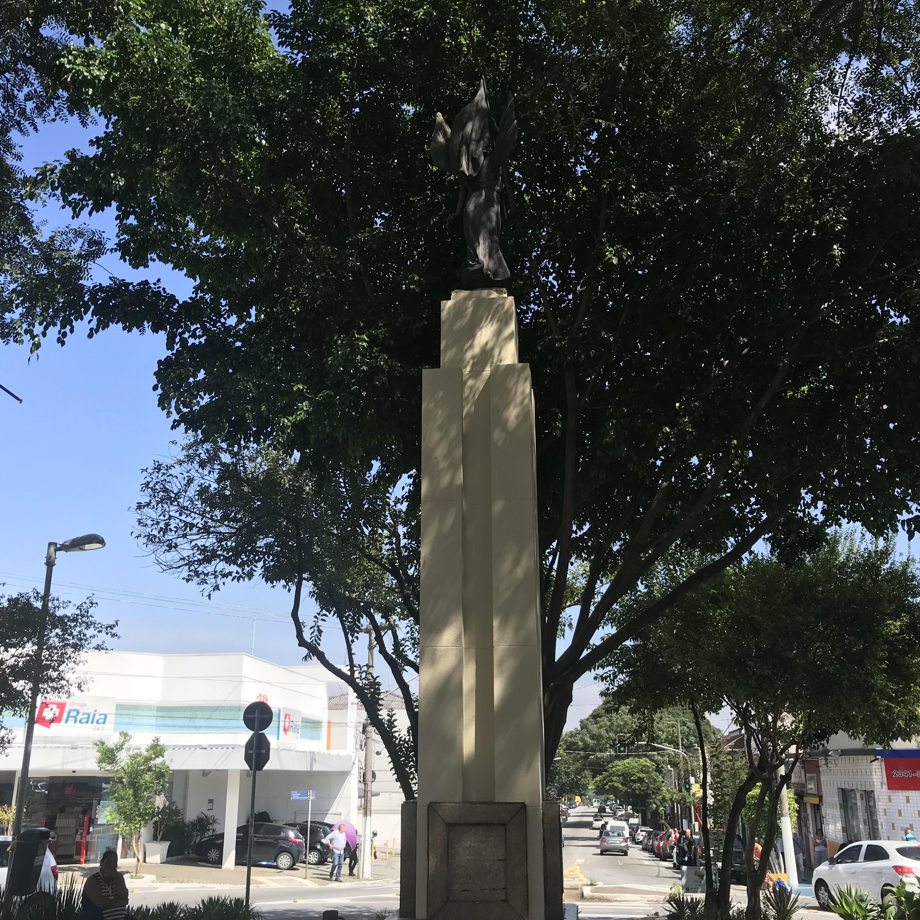 File:MONUMENTO DA LIBERDADE - MARCO COMEMORATIVO DO CINQÜENTENÁRIO ...
