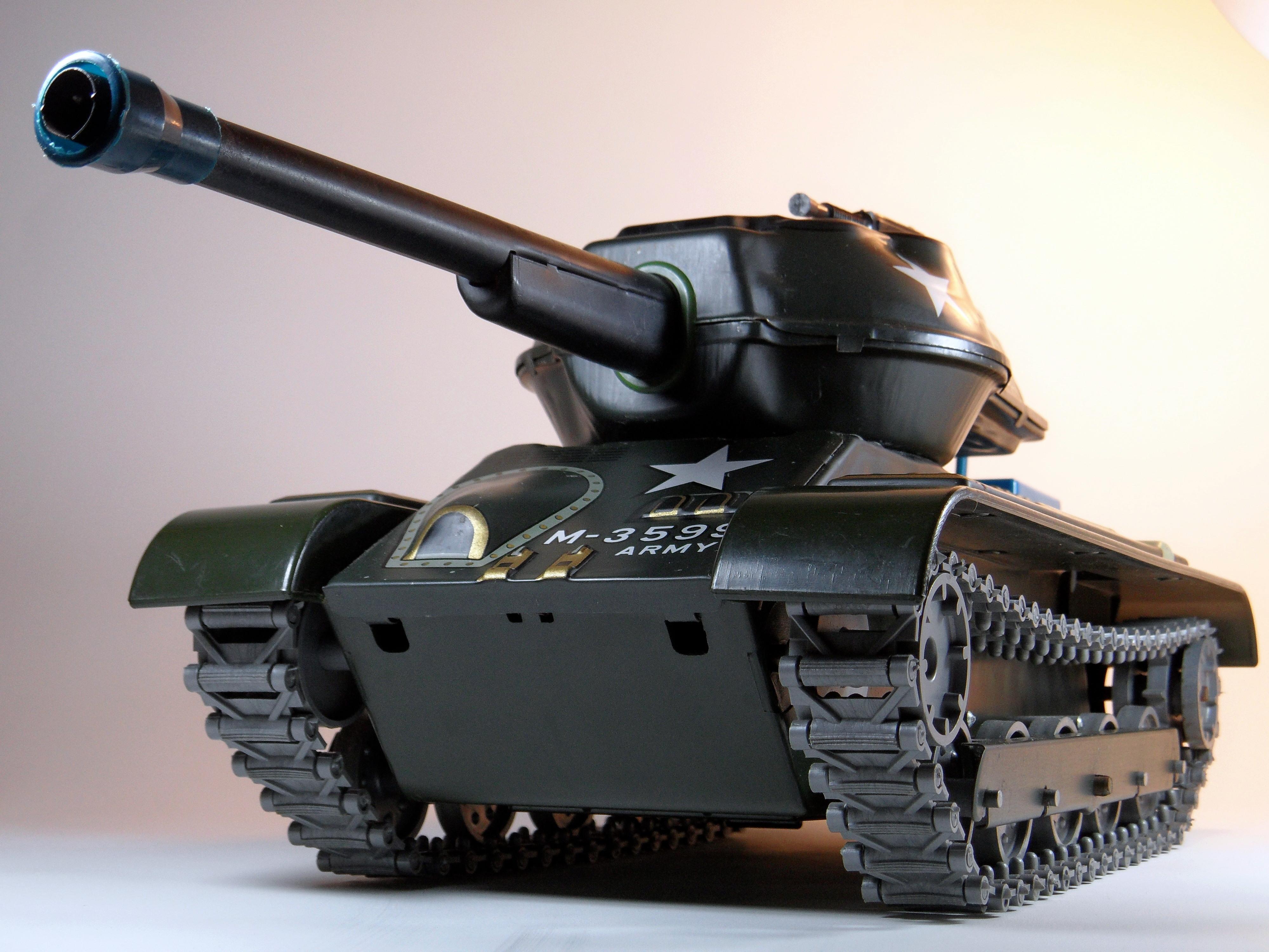 File:Masudaya Battery Powered Army Tank M-99 Tin Toy ...