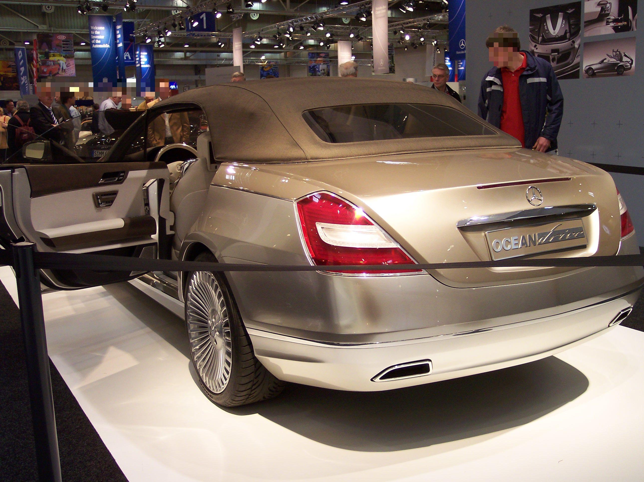 File mercedes benz ocean drive hl wikimedia commons for Mercedes benz ocean drive