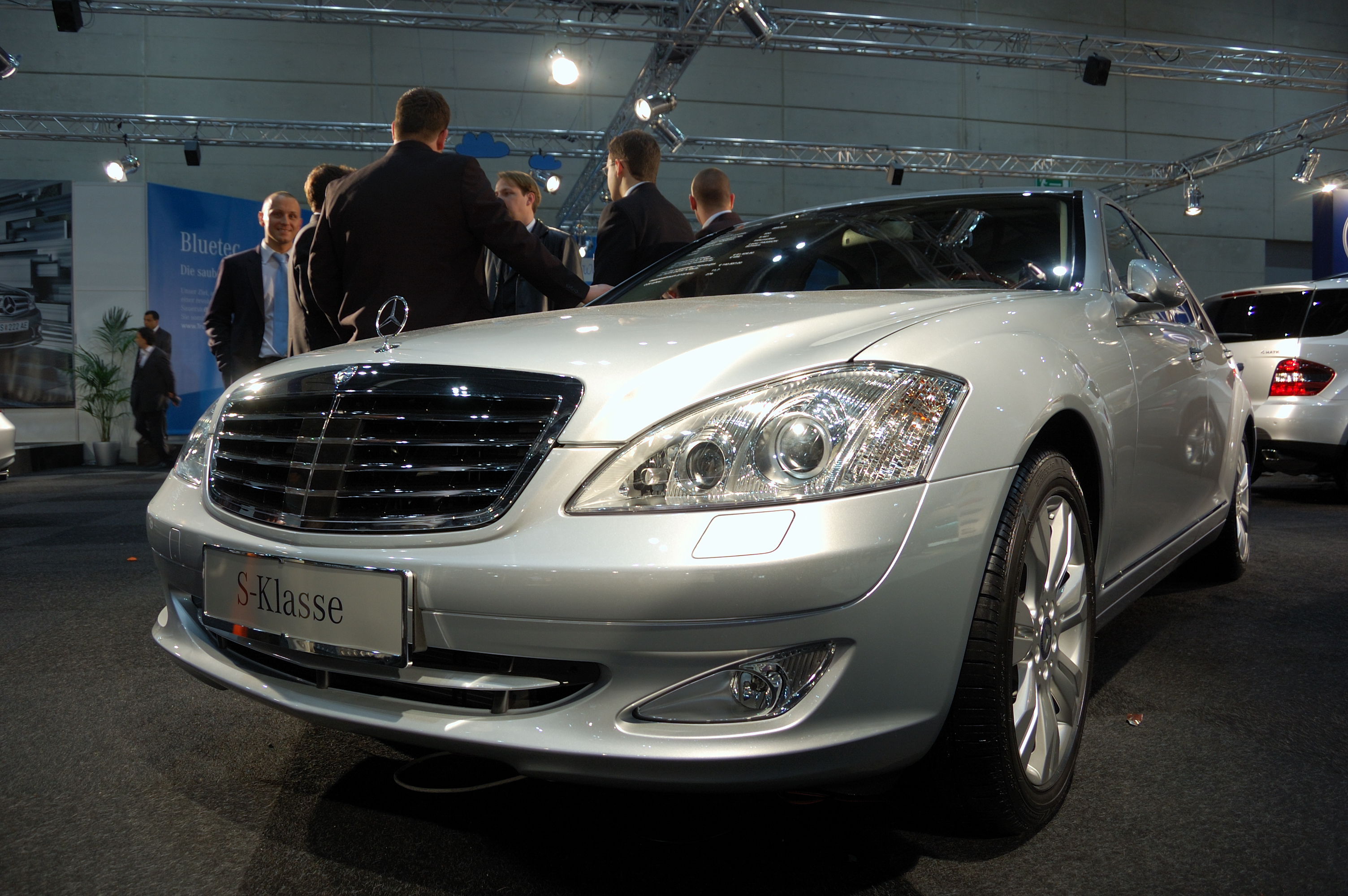 Benz s500 wiki images for Mercedes benz wiki