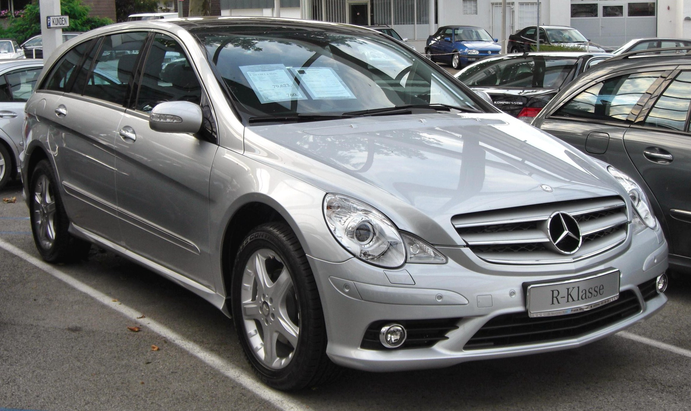Mercedes-Benz R-Class - Wikipedia, the free encyclopedia