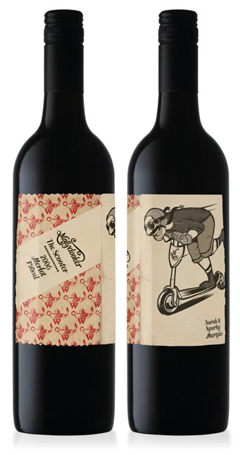 English: Photograph of 2 bottles of Mollydooke...